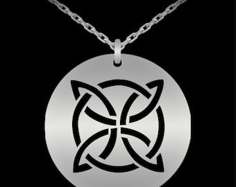 Etched Celtic Knot Pendant 5 - Scottish Gifts - Celtic Jewelry - Stainless Steel