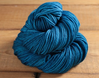 Worsted Weight Merino Yarn - Cosmic - Cuddlesome