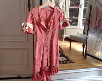 Antike Sommermantel für Mädchen, antike Kleid, Victorian, rote Baumwolle Seidenbänder