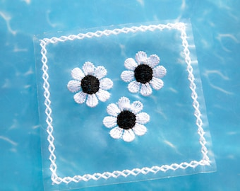 2 Vintage Sewing Appliques. Clear Plastic Squares. Embroidered White and Black Daisies and Diamond Edge. Sewing. High Quality. Item 4176A