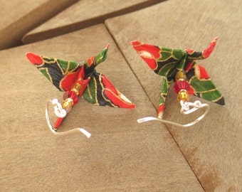 paper crane earring, paper crane jewelry, origami crane earring, red green black earring, japanese earring, japanese jewelry, asian