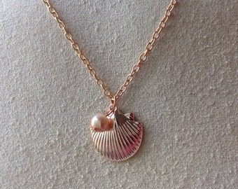 Pearl shell necklace Etsy
