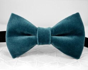 Dusty turquoise velvet bow tie, dusty blue green bow tie, velvet blue green bow tie, mens wedding bow tie, groomsmen bow tie