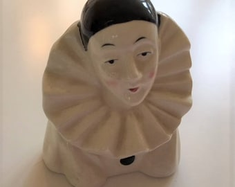 Vintage ceramic bust of Pierrot, the sad clown from the commedia dell'arte