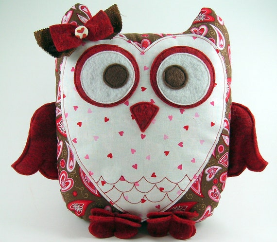 Huge Sale ... 2 Owl Pillow Sewing Patterns ... Sweetheart Owl and ...