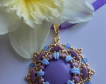 Narcissus pendant