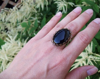 Black Onyx gemstone Ring, Self-Control and Resilience, Adjustable Band, Gypsy Ring, Bohemian Ring, Large stone ring