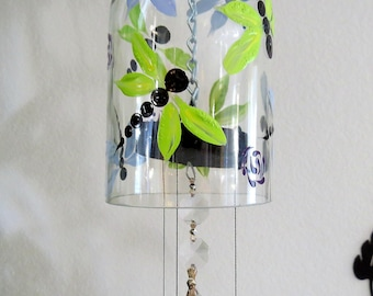 Dragonfly, Glass Wind Chime, Recycled wine bottle wind chime, Dragon fly, Dragonflies, Sun catcher, yard art, clear glass, Blue and Green