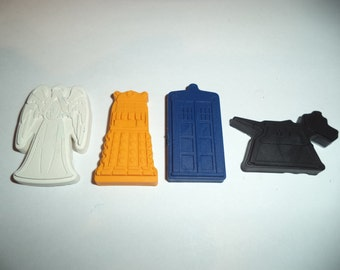 4 Dr Who colouring crayons- Tardis, Dalek, Weeping Angel, K-9 - Party bag favours