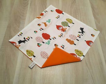 Customizable napkin Red Riding Hood, child table towel canteen.