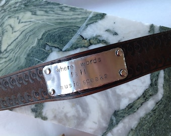 Leather Bracelet, Personalized leather cuff bracelet, Custom metal stamped cuff, Leather cuff