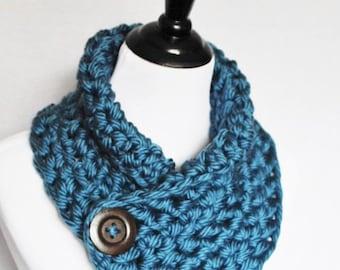 Blue Crochet Scarf, Chunky Button Scarf, Crochet Button Cowl, Chunky Crochet Neck Warmer, Wrap Scarf, Steel Blue Infinity Scarf