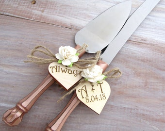 Rustic Chic Wedding Cake Server Knife Set Rose Gold with Ivory Flower Personalized Wood Hearts Bridal Shower Gift Wedding Gift