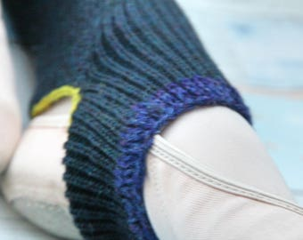 NAVY Blue Wool LEGWARMERS - Yoga/Pilates/Ballet/Dance Workout - Handcranked - One size Knee  High - Ribbed contrast trim