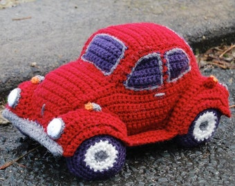 PDF Crochet Pattern for Hug-A-Bug Cuddly car based on the VW Beetle / Bug