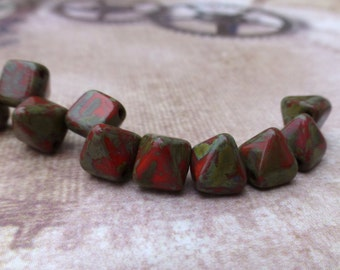 free UK postage - Pyramid Stud 6mm Two Hole Beads Coral Picasso 25 Beads