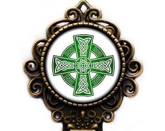 Celtic Symbol - Celtic Cross - Green on White Bronze Bookmark