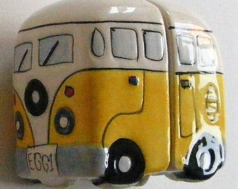 Campervan two-part magnetic porcelain cruet set