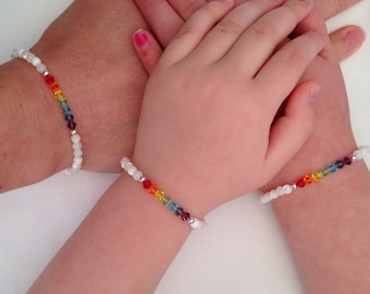 Rainbow bracelet with Mother of pearl, chakra bracelet, Swarovski rainbow, gift for mom, daughter gift, kids rainbow bracelet, Mothers Day