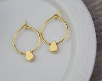 gold hoop earring drop hoops teardrop huggie earrings simple earrings everyday/gift for her