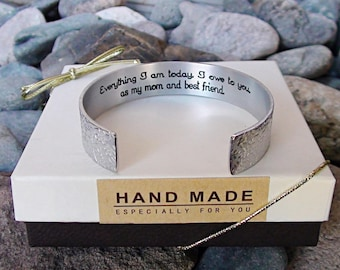 Personalize Me Custom Mom Bracelet Gift Everything I am today, I owe to you, as my mom and best friend. Customize Message Mom Jewelry