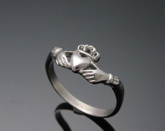 Sterling Silver Claddagh Ring - Irish Made Claddagh Ring - Claddagh Ring - Unique Claddagh Ring - Ladies Claddagh Ring - Made in Ireland