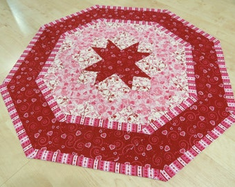 Valentine Hearts Quilted Table Topper                       239