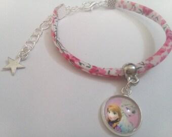 Bracelet Liberty pink, frozen glass cabochon