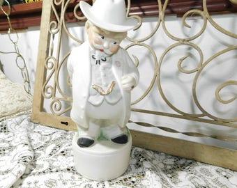 Albertas Gentlemen Decanter liquor bottle, Vintage Gentlemen Bottle, Gentlemen Decanter, Vintage bar ware, Vintage Home Decor,