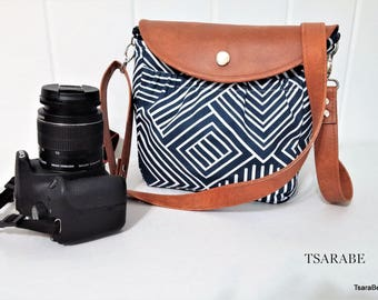 Naka - Woman Camera bag for DSLR camera / Cute camera bag with leather strap / Padded crossbody camera bag / Made by hands in USA