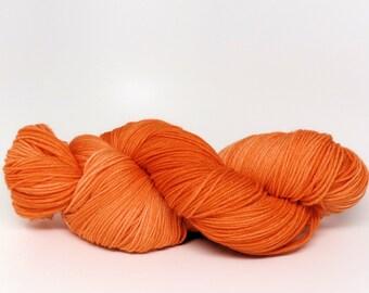Carrot Juice - Stunning Superwash Fingering Weight - 100% Superwash Merino - 100 g - 475 yds