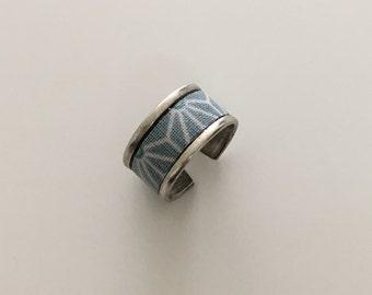 Blue geometric ring