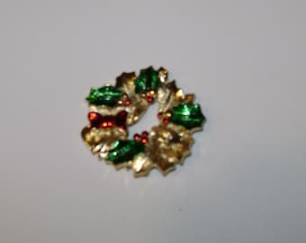VINTAGE WREATH PIN Signed Gerry's