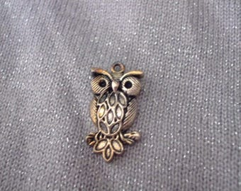 30 mm x 16 mm antique silver OWL charm or pendant