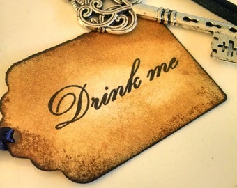 15 Drink Me Tags/Alice in Wonderland Decorations/Mad Hatter Tea Party Decor/Eat Me Drink Me Tags/Wedding Bridal Shower Party Decor/Bottle