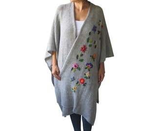 NEW! Gray Pelerine - Poncho with Flowers by AFRA