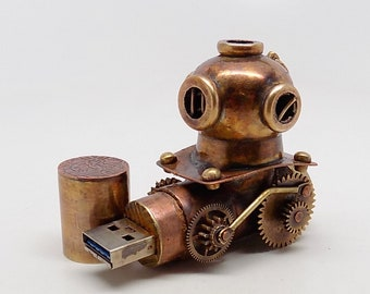 Steampunk usb flash drive 32GB.Diver helmet .