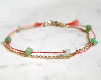 Layered silk and gold chain bracelet, Chrysoprase gemstone bracelet, dainty red string, delicate friendship bracelet, green stone jewelry