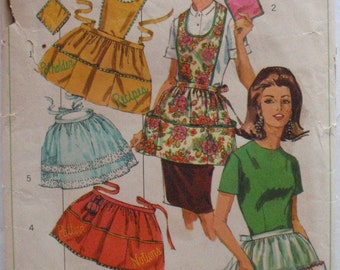 Vintage Set of Aprons and Potholder Sewing Pattern - Simplicity 6808 - One Size