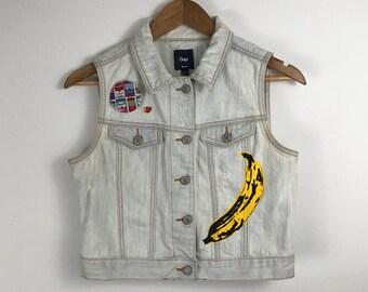 Andy Vest. Buy Art Not Cocaine. Hand Painted Denim Vest. Warhol Banana. Pop Art. Wearable Art. One of a Kind. Andy. Pop. Painted Denim. Jean