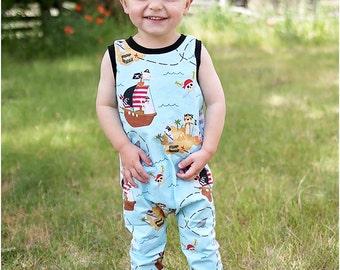 Lil' Rascal Romper PDF Pattern: Knit baby romper pattern, knit toddler romper pattern