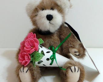 French Beaded Sweetheart Roses With Jointed Retired Boyd's Bear