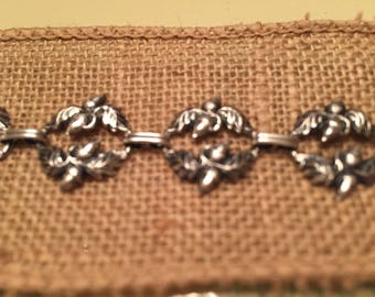 Sterling Danecraft Bracelet Vintage Great Condition Acorn Design