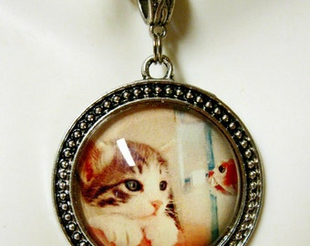 Looks like dinner cat pendant with chain - CAP26-012