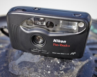 Nikon Fun Touch 3 - Point and Shoot Film Camera