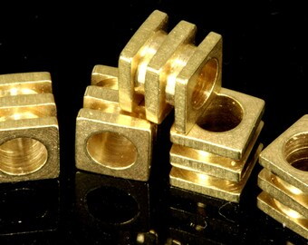 25 pcs 6 x 6 mm Cube (hole 4 mm ) raw brass  spacer bead bab4 1831