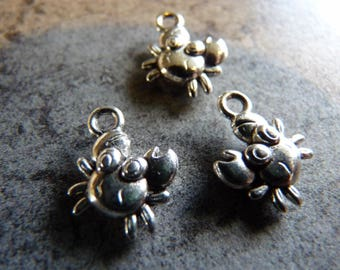 Cute little crab 2 charms silver