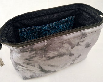 Cosmetic/Toiletry Bag, Craft/Hobby, Small Retreat Bag, Purple and Charcoal Grey Hand Dyed Linen, Charcoal Grey and Purple Cotton Lined