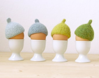 Egg cozy for Easter / Easter table decor / Egg warmers / felted acorn cap / Egg hat / rustic style / House warming gift / Set of 4