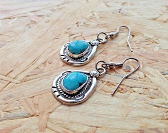 Vintage Navajo Turquoise Dangling Earrings EXCELLENT Condition